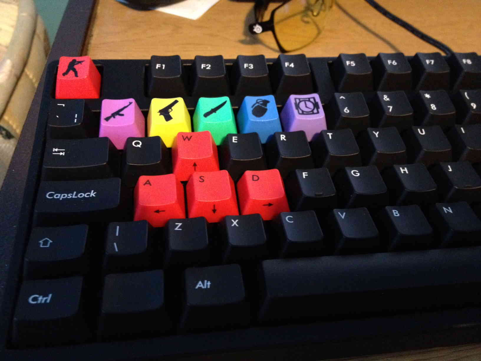 Mechanical gaming keyboard for CS:GO